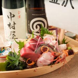 金沢漁港に集まる新鮮な魚介